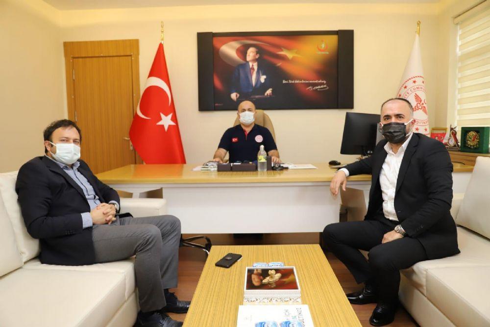 Ordu İl Temsilcimiz Levent Yüksel, İl Sağlık Müdürü Sayın Dr. Mustafa Kasapoğlu ve Ordu Devlet Hastanesi'nin Başhekimi Sayın Dr. Atilla Gürgen'i Ziyaret Etti.